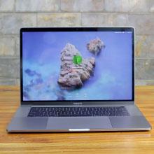 Macbook Pro 2017 15inch i7 RAM16G SSD512 VGA 4G